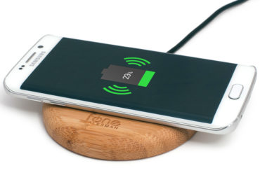 Wireless charger uses quantum trick to power gadgets on the move
