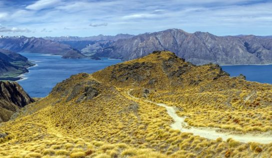 Visiting New Zealand – Ten Ways to Have an Awesome Time